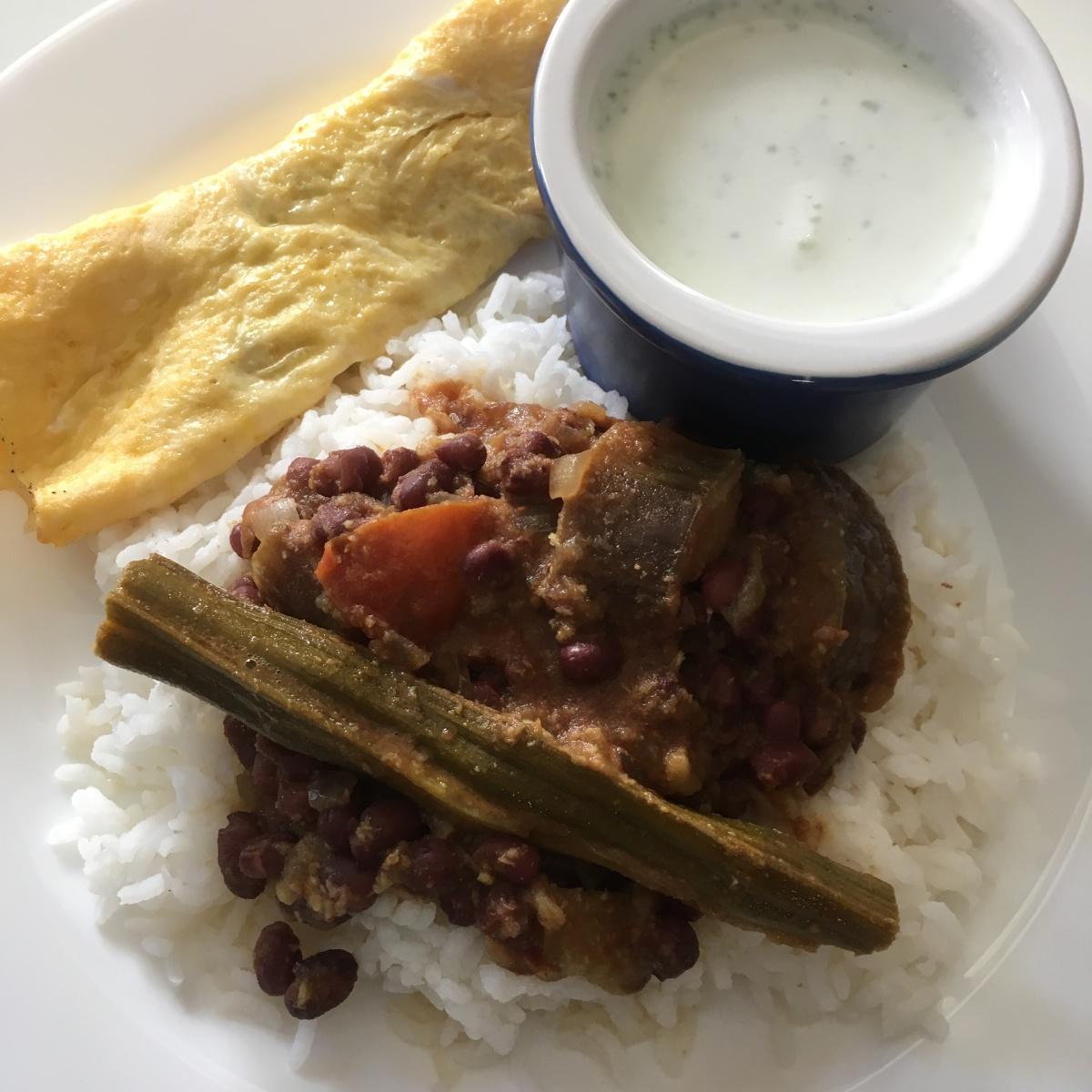 Thatta Payaru Kuzhambu/Adzuki Beans Curry