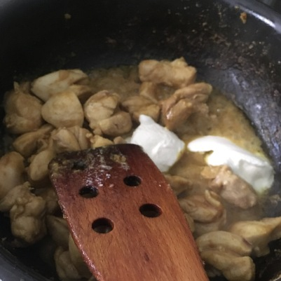 Add yoghurt to the fried chicken